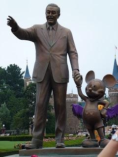 Go to Tokyo Disneyland. What Would Tokyoites Do on Pinterest.