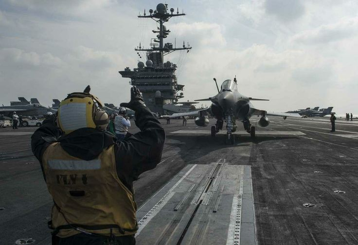 Operation Belleau Wood: Franco-American Interaction in the Indian Ocean.A French Marine Nationale Dassault Rafale (Marine) prepares to be catapulted from the U.S. aircraft carrier Harry S. Truman