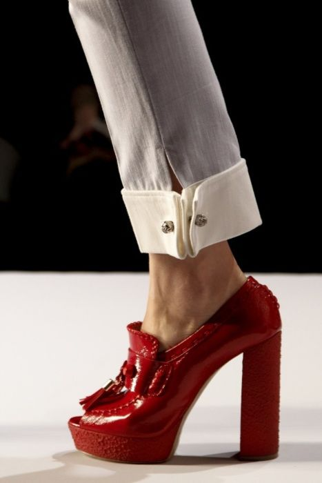 red loafer pumps. cropped trousers