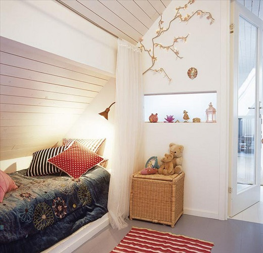 Alcove beds are a fabulous concept for saving space in your home design. They are inviting and fun and creates a very intimate space to curl up and enjoy!