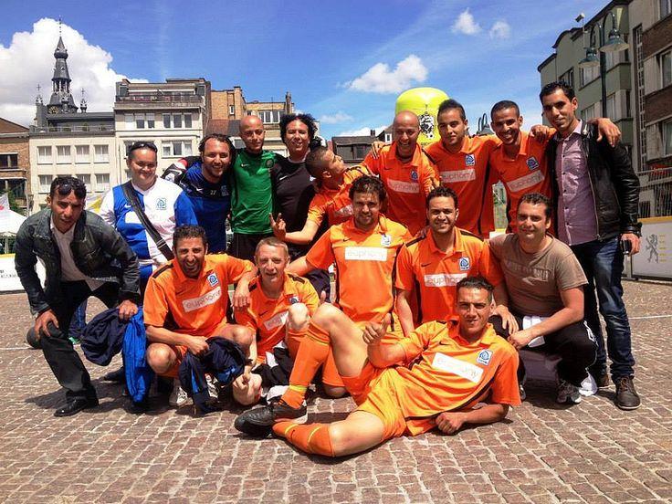 XI Mistrzostwa Świata Bezdomnych Poznań 2013, drużyna z Belgi [fot.Homeless World Cup Official].