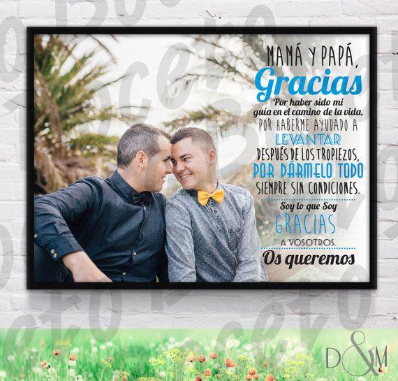 ¿Quieres sorprender a tus padres/suegros/abuelos con un regalo original el día de tu boda? ¡¡¡Hazles una lámina personalizada!!! Busca una bonita fotografía, elige un texto emotivo y... voilà!   CÓMO HACER UN PEDIDO:  1. Clica en Solicitar pedido personalizado y explícanos qué lámina/s quieres. Recuerda que puedes mirar precios, tamaños y acabados en el desplegable. 2. Envíanos un mail a historiasdedym@gmail.com con la/s fotografía/s para hacer la/s lámina/s y el texto que quieras incluir…