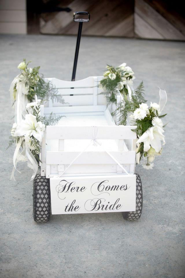 Best 25+ Flower girl wagon ideas on Pinterest | Ring bearer wagon ...
