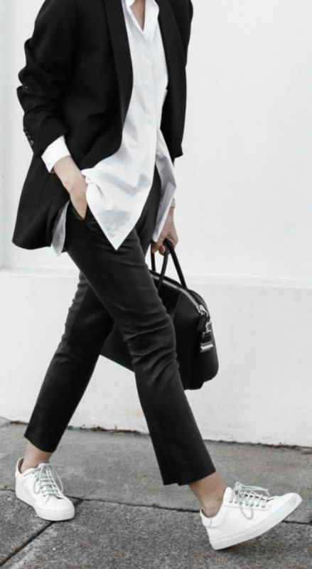 If you're looking for a smart casual look, why not take inspiration from Kaitlyn Ham with these black leather trousers, white sneakers and white shirt! White Shirt: OSKAR, Leather Pants: Bassike, Blazer: Dries Van Noten, Sneakers: Wings + Horns