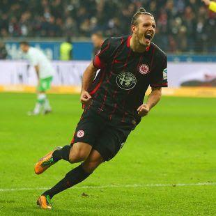 Agen Judi Bola - Meier segel hattrick Frankfurt menang atas Wolfsburg dengan skor 3-2 - Alexander Meier adalah pahlawan Eintracht Frankfurt dengan tiga gol dalam kemenangan 3-2 mereka atas Wolfsburg.