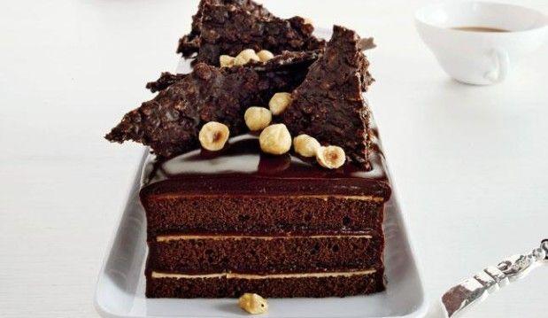 Πρωτοχρονιάτικη Τούρτα Σοκολάτας με Πραλίνα και τραγανή σοκολάτα, από τον Γιώργο Λέκκα !