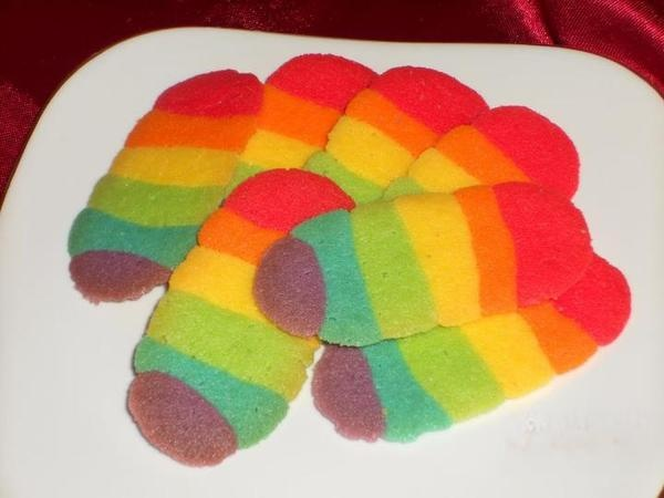 Resep Lidah Kucing Rainbow menceriakan Lebaran