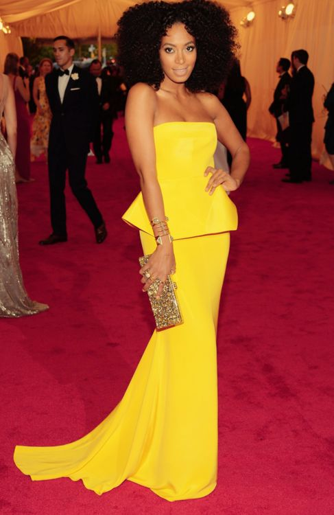 Solange. Love her dress.: Yellow Gowns, Fashion, Yellow Dresses, Red Carpets, Met Ball, Night Dresses, Best Dresses, Natural Hair, Solange Knowles