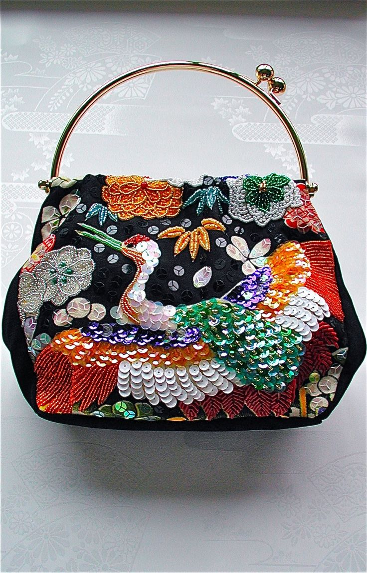 beads embroidery purse