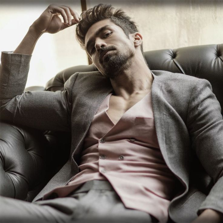 Saqib Saleem in a contemporary yet timeless three piece grey cashmere suit from the SS HOMME Bespoke '17-'18 : SStructure collection. #SSHOMME #SSHOMMEBespoke #SStructure #Suits #Tuxedos #Overcoats #Menswear #MensFashion