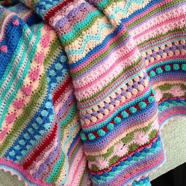 Crochet stripey blanket by Hannah Davis free pattern