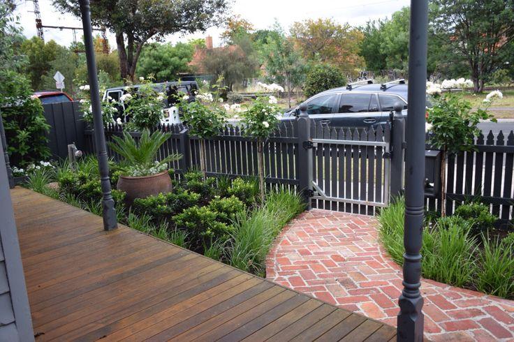 Heritage style front garden - Northcote - Melbourne - Botanical Space Landscapes - www.botanicalspace.com