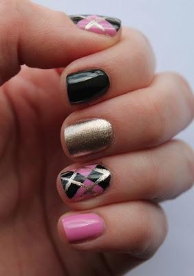 Fundamentally Flawless: Black and Pink Argyle Nail Art
