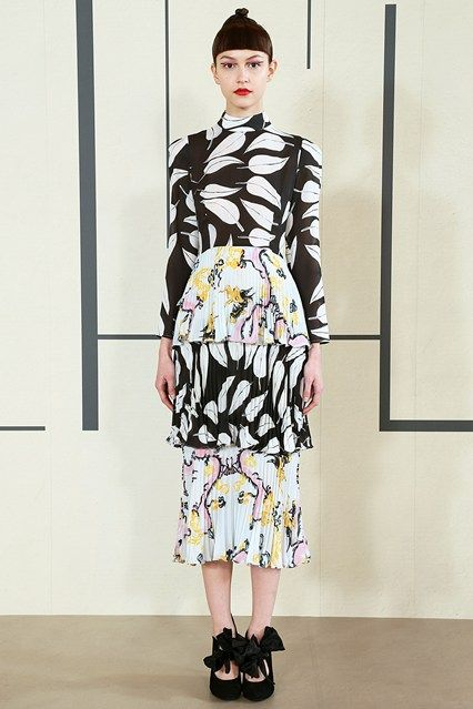 Catwalk photos and all the looks from Tata Naka Autumn/Winter 2015-16 Ready-To-Wear London Fashion Week