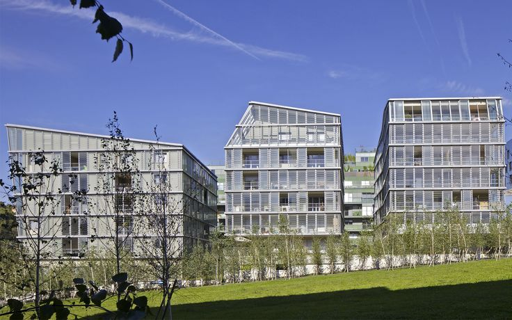 Housing Construction | Tania Concko | Architects Urbanists LYON CONFLUENCE LOT A Photograph © Philippe Ruault