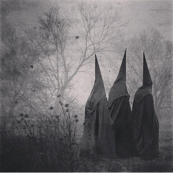 #photographer : José Ortiz Echagüe - Penitentes, Spain (1940)