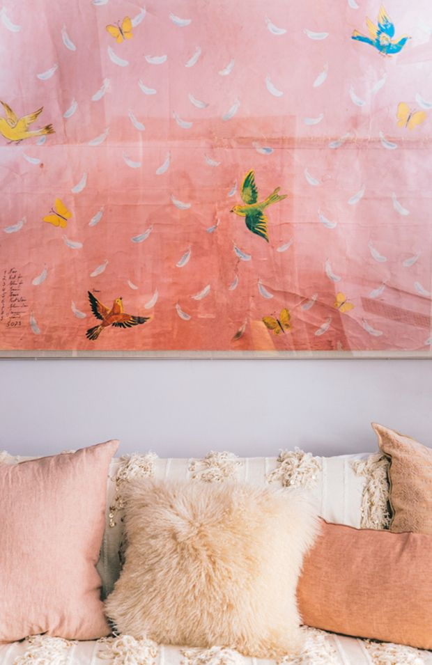 Before and After : Calypso Maison redesign in blush bohemian style by Justina Blakeney