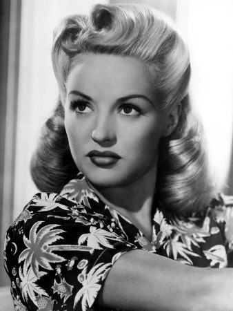 I have GOT to learn how to do my hair like Betty Grable.