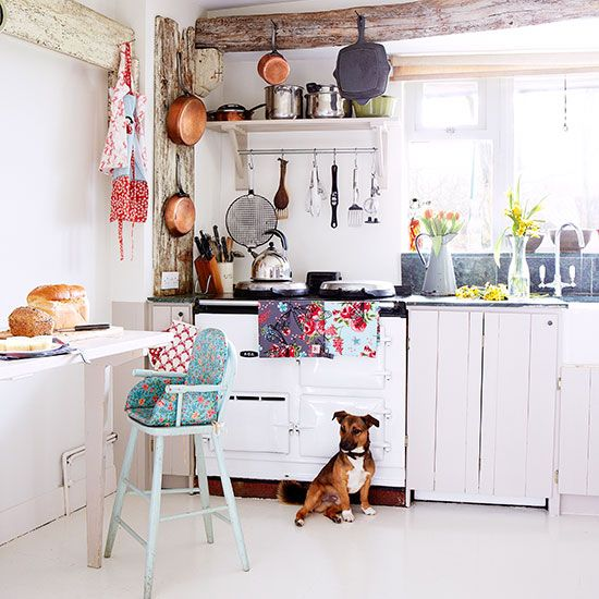 Step inside this modern country house in East Sussex with a pretty vintage interior chosen by Country Homes and Interiors. For more house tours and decorating ideas, go to housetohome.co.uk