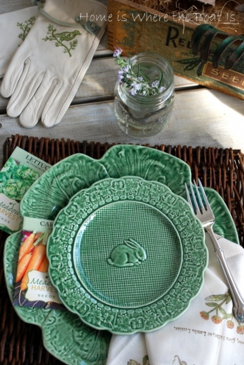 Two different patterns of the Portuguese Bordallo Pinheiro dishes.