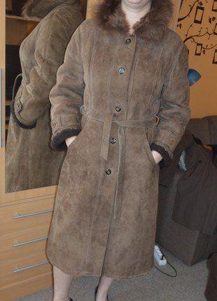 Kupuj mé předměty na #vinted http://www.vinted.cz/damske-obleceni/kozichy/14017941-damsky-hnedy-kozich-z-prave-jelenice-s-kozesinovym-limcem