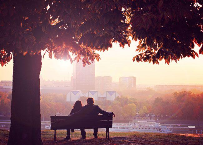 ●あなたの愛は無限。でも肉体や時間や気力は有限  実は多くの人が「相手があなたを大切にする能力や、愛せる能力を持っているかどうか」ということをあまり見分けていません。  「相手を愛さなければ」「優しくしなければ」と思っているために、自分の愛情や優しさを伝えるのに、ふさわしい相手かどうかについて、考える時間を持っていないのです。  そのため、愛を与えるのにふさわしくない相手にもかかわらず、ただ犠牲的に尽くしてしまっているケースが多くあります。  あなたの愛が無限であったとしても、あなたが相手に対してできることや、肉体、時間、気力の限界は必ずあります。  無償の愛を与えなければならないと思い込み、自分の命を浪費してしまうことは避けましょう。自分の限りある命を大切にするためにも、しっかりと人間関係を見極め、付き合う人を選んでいく必要があるんですね。  ●相手を見抜くポイント  具体的には、あなたが関わっている人が、あなたを愛する能力がある人かどうかを見極めてみましょう。…
