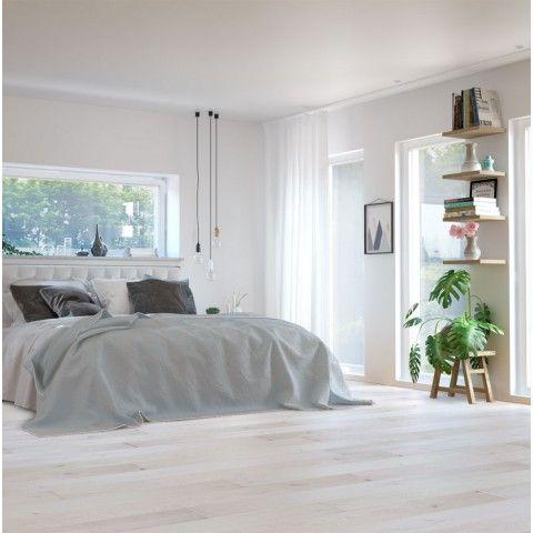 Nordic Floor Pure White är ett vitt parkettgolv i ek. Plankorna har sin bas på ekens naturliga variationer i färg. I golvet så förekommer även spacklade kvistar. Slipbart 2-3 gånger. Ett vitpigmenterat golv innebär att rummet får ljust och fräscht utseende. Det förekommer naturliga variationer parkettgolvets färg som gör att varje golv blir unikt.