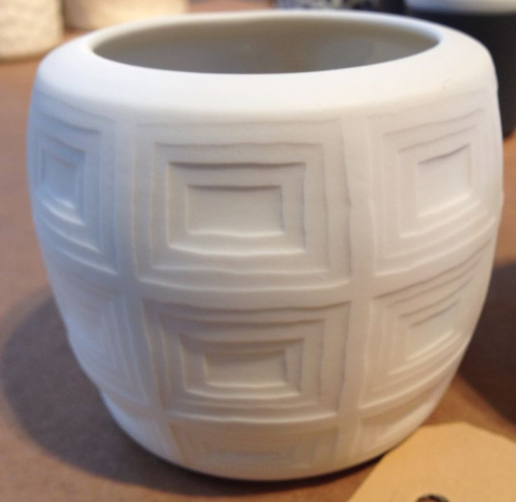 Porcelain candle holder inspired by the pantheon architecture, Rome handmade by jharberink.com