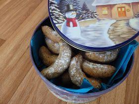 Vhodné pro:  Vegan  Vegetarian  Intolerance laktózy  Bezlepkové   Vanilkové rohlíčky jsou nejspíš v repertoáru každé rodiny a na vánočním st...