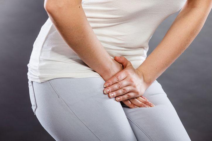 Notez cette astuce La cystite est malheureusement une forme très courante d'infection urinaire et de nombreuses femmes ne la connaissent que trop bien? Pour y remédier, l'avis d'un professionnel est bien sûr important, mais vous pouvez aussi opter pour des solutions naturelles pour aider le processus de guérison. Nous allons vous en proposer 9, principalement...