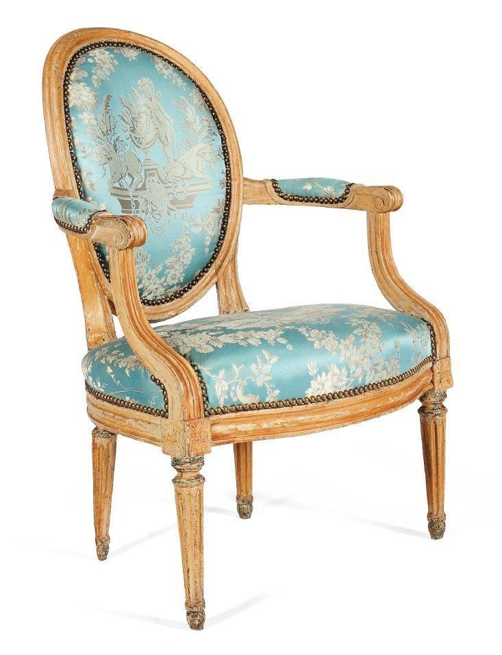 fauteuil en cabriolet dossier m daillon en h tre repeint. Black Bedroom Furniture Sets. Home Design Ideas