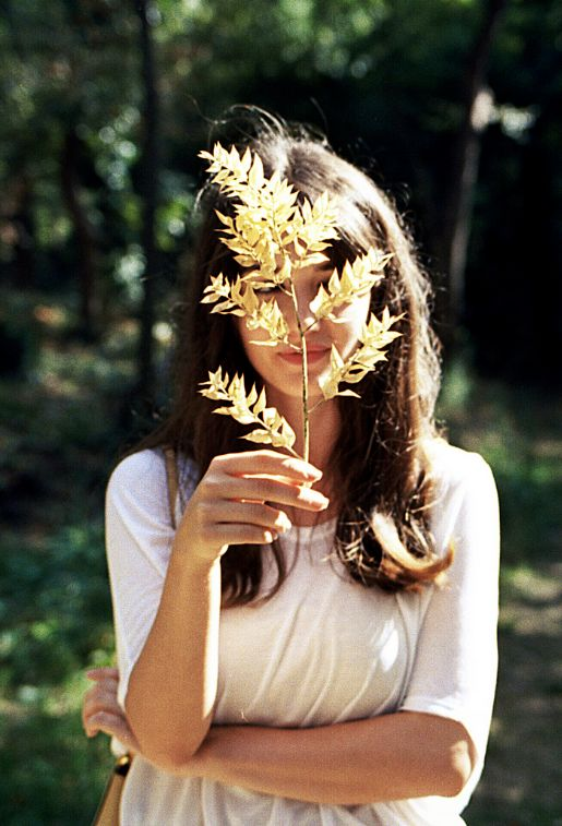 What to do this weekend? Go outdoors and forage for beautiful natural forms to decorate your home! x