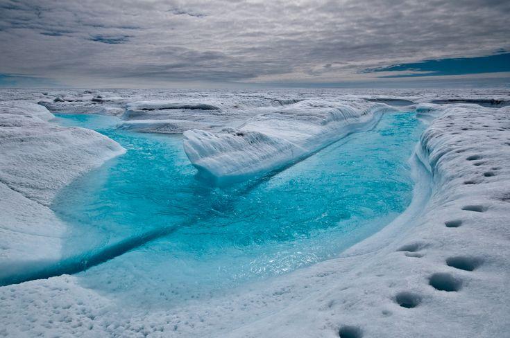 http://geolog.egu.eu/wp-content/uploads/2012/05/melt-stream-ian-joughin-1stprize.jpg?w=1024