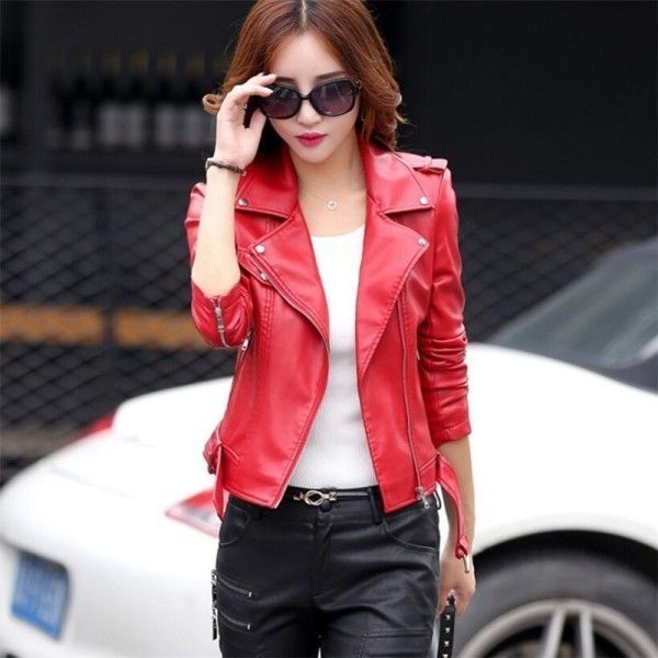 80 Most Stylish Leather Jackets for Women in 2017  - You cannot say that your wardrobe is complete if you do not have a leather jacket. Leather jackets are highly essential for women in different seasons... -  women-leather-jackets-2017-73 .