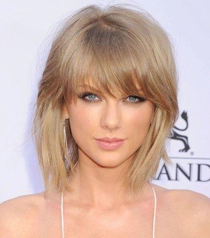 cabelos loiros curtos com franja na testa