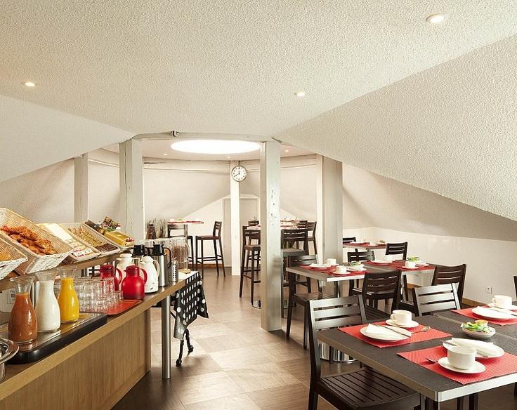 Salle du petit déjeuner au Coeur de City Hôtel Bordeaux Clémenceau - Hotel Bordeaux | Breakfast room at Coeur de City Hôtel Bordeaux Clémenceau