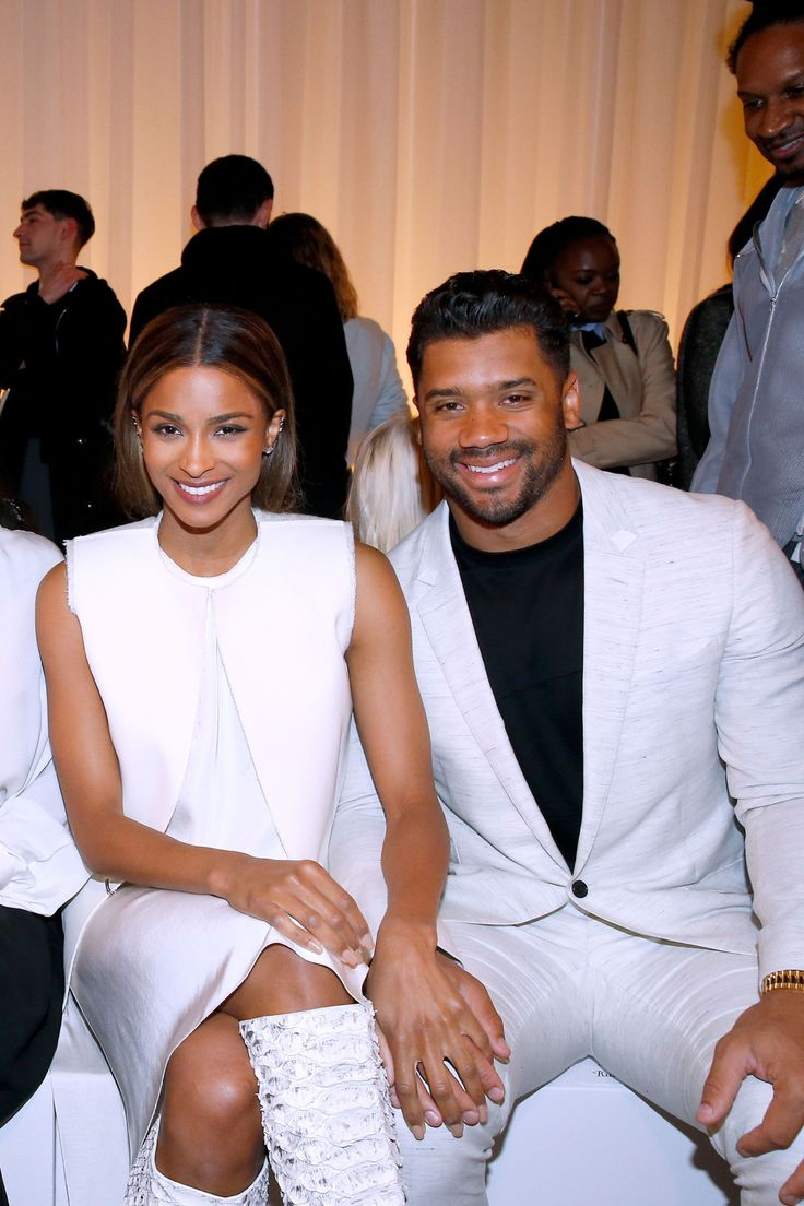 Ciara's Wedding Dress Is Super Pretty. Russell Wilson Seems to Agree