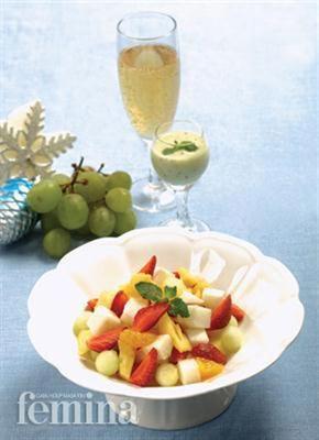 Femina.co.id: Salad Buah Saus Yoghurt #resep #menudiet