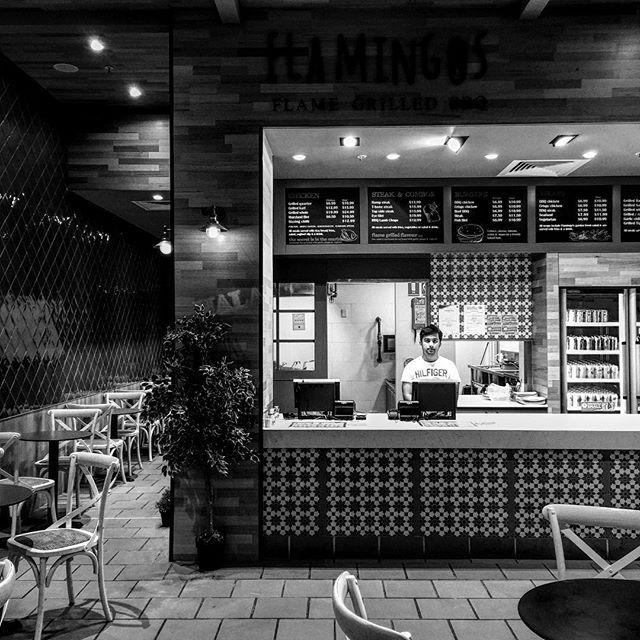 Hola! #chicken #food #westfield @westfieldgardencity #restaurant #iphone #iphoneography #shopping #shoppingmall #interiordesign #instagood #instadaily #blackandwhite #fastfood