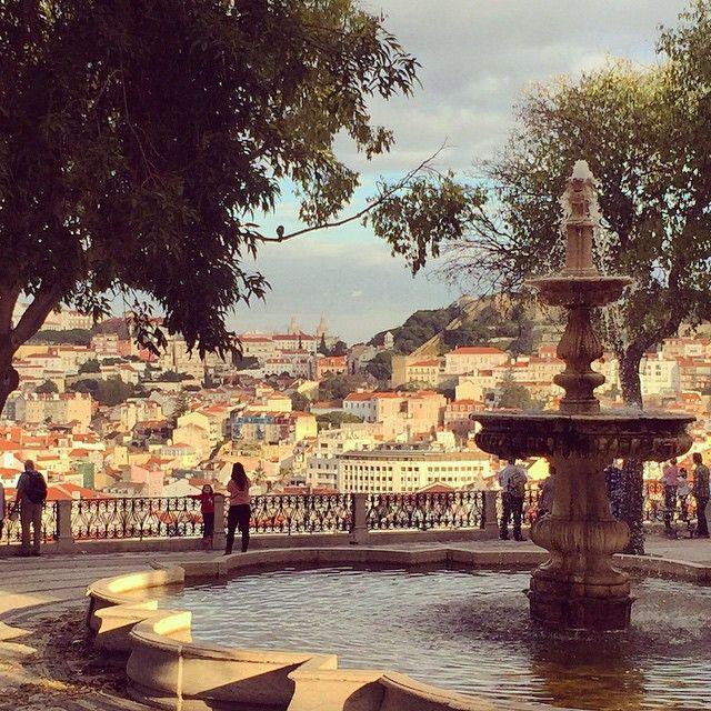 Miradouro da Gloria em Lisboa