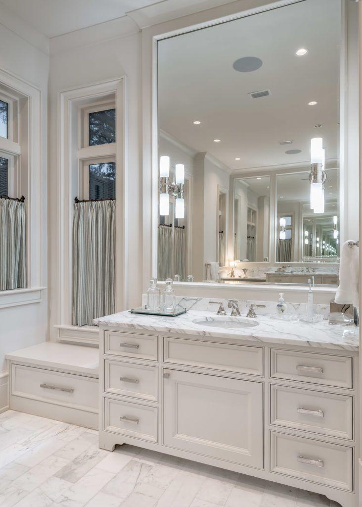 Eastburncabinet Luxury Master Bathroom Vanity With Emtek Hardware Masterbath Vanity H Modern Master Bathroom Luxury Master Bathrooms Master Bathroom Vanity