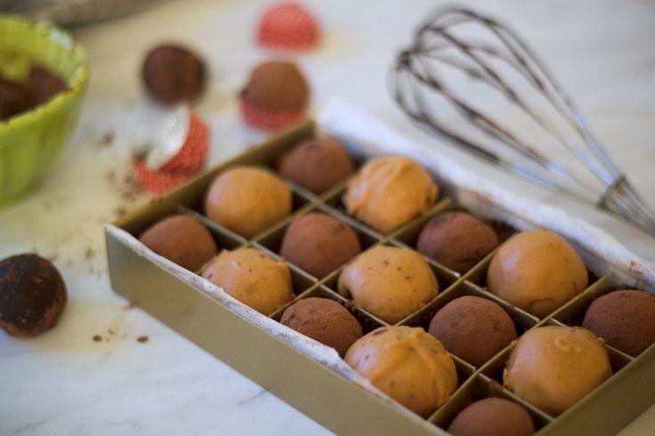 Degustare de trufe de ciocolată - Adi Hădean