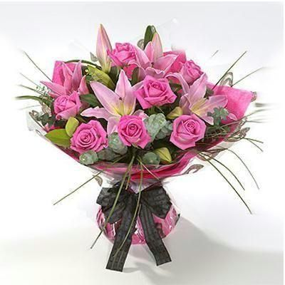 14 best Valentine\'s Days Flowers images on Pinterest | Roses, Send ...