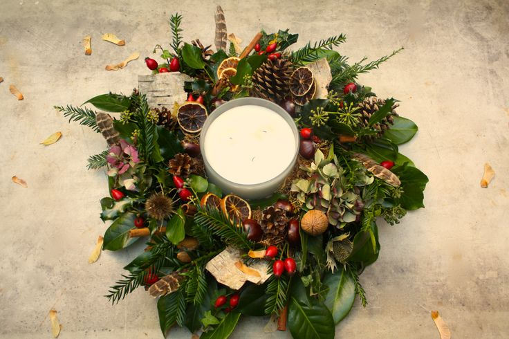Christmas wreath table centre.