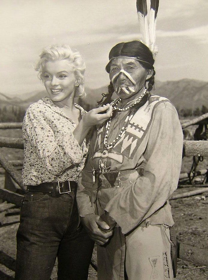 Marilyn and a friend.: Marilyn Monroe, Beautiful Marilyn, Canada, American Actor, Native American Indian, Marilyn Forever, Rivers T-Shirt, Marilyn Mania, Norma Jeans