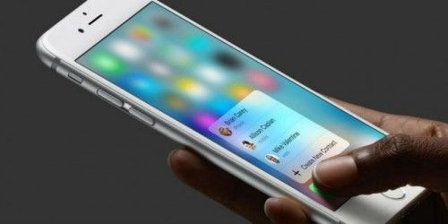 La nueva actualización de Whatsapp incorpora nuevas funciones de iPhone 6s La aplicación de mensajería WhatsApp lanzó una nueva actualización de su versión para iPhone, sumando nuevas funciones que se adaptan a la tecnología 3D Touch del último iPhone 6s. La... #apple #iphone6s #whatsapp
