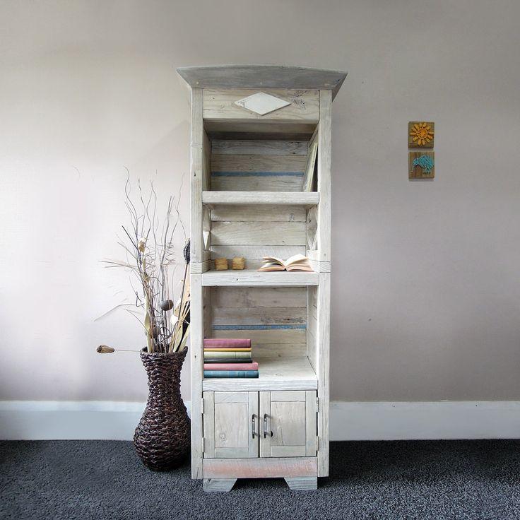 Book Cabinet: Diamond