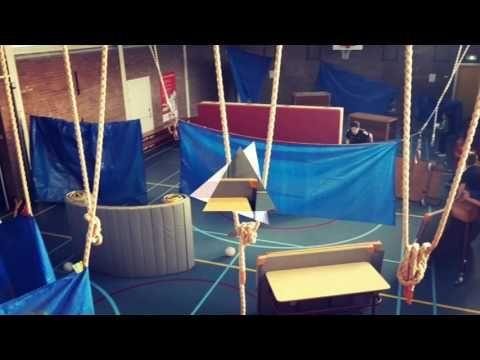 Paintball in de gymles - YouTube