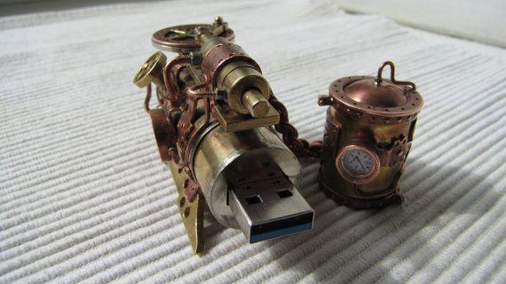 Lecteur flash steampunk Steam engine II 32 Go usb 3 par SergTver