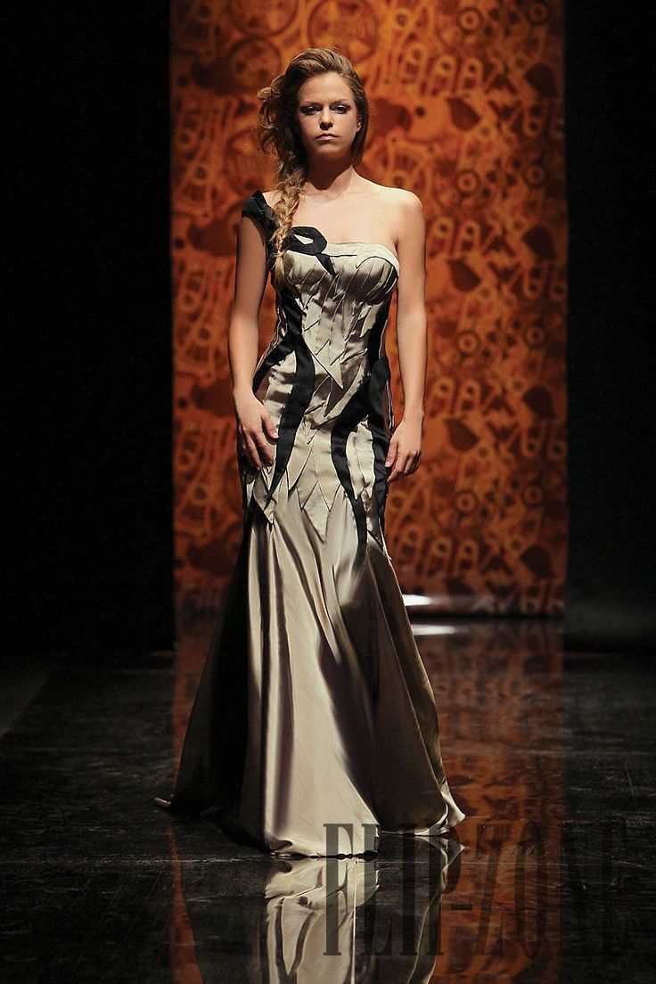 Randa Salamoun Fall-winter 2010-2011 - Couture